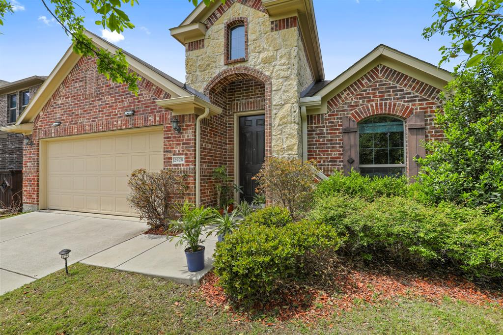 2928 Golfview  Drive, McKinney, Texas 75069 - Acquisto Real Estate best plano realtor mike Shepherd home owners association expert
