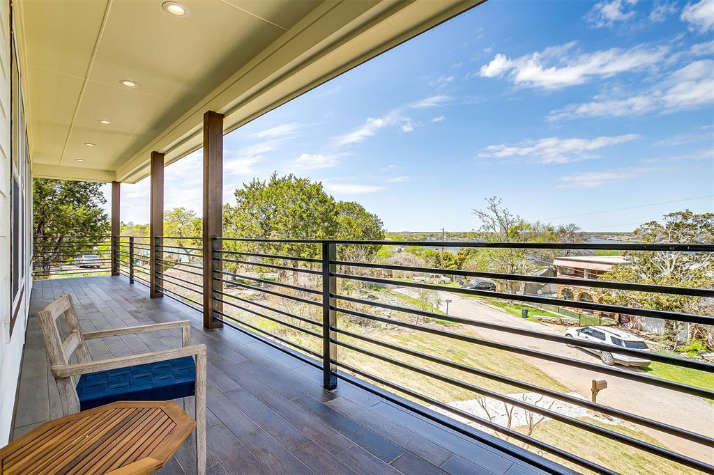 719 Rock Harbor Court, Granbury, Texas 76048 - acquisto real estate best listing photos hannah ewing mckinney real estate expert
