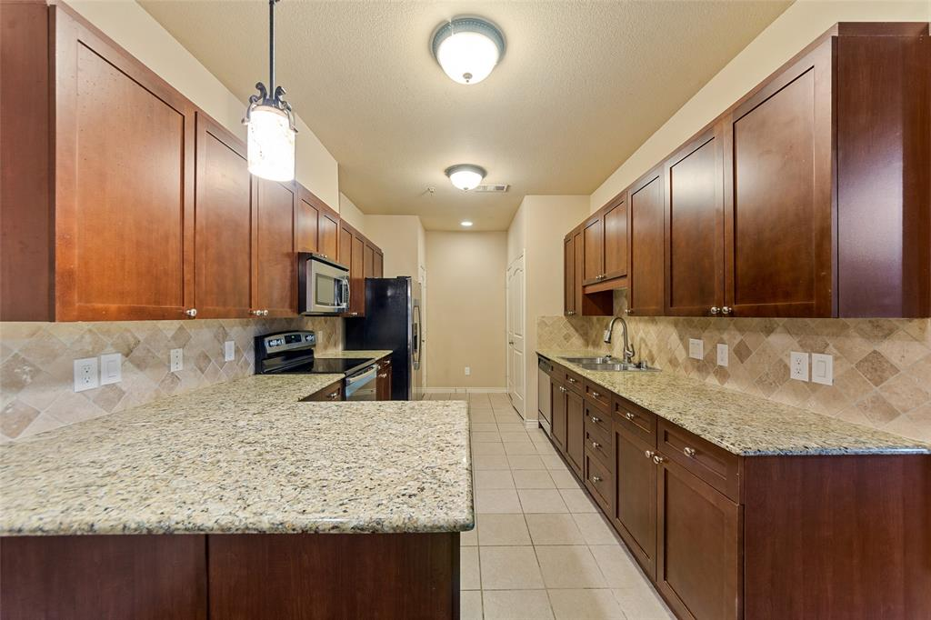 6549 Rutherford  Road, Plano, Texas 75023 - acquisto real estate best real estate company to work for
