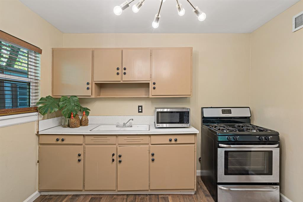 268 Crockett  Street, Lone Star, Texas 75668 - acquisto real estate best new home sales realtor linda miller executor real estate