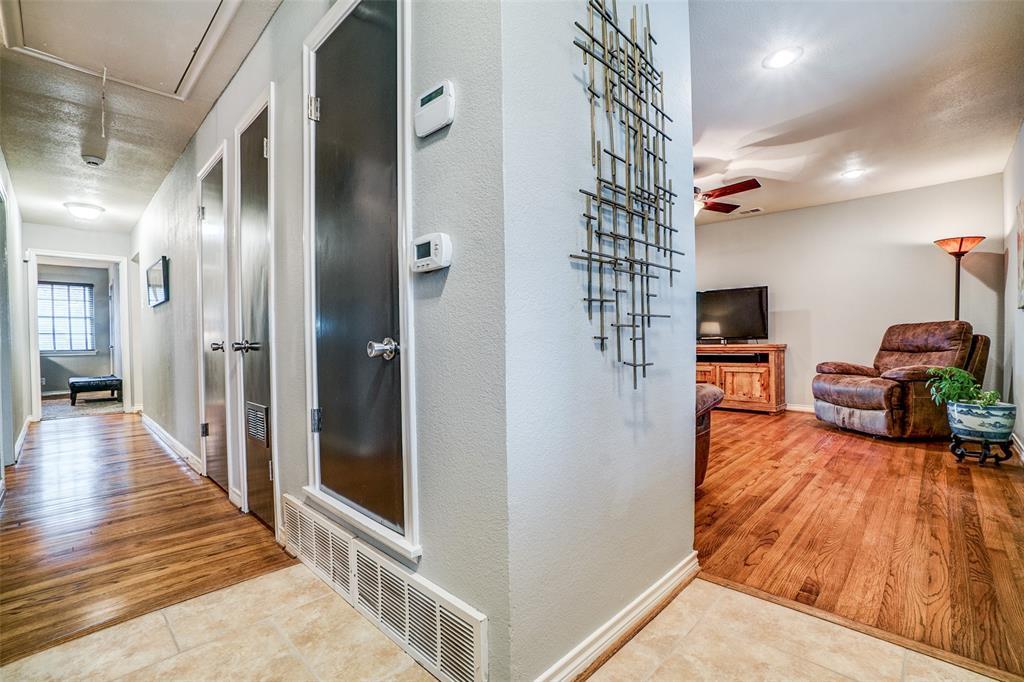 8172 Hunnicut Road, Dallas, Texas 75228 - acquisto real estate best real estate company in frisco texas real estate showings