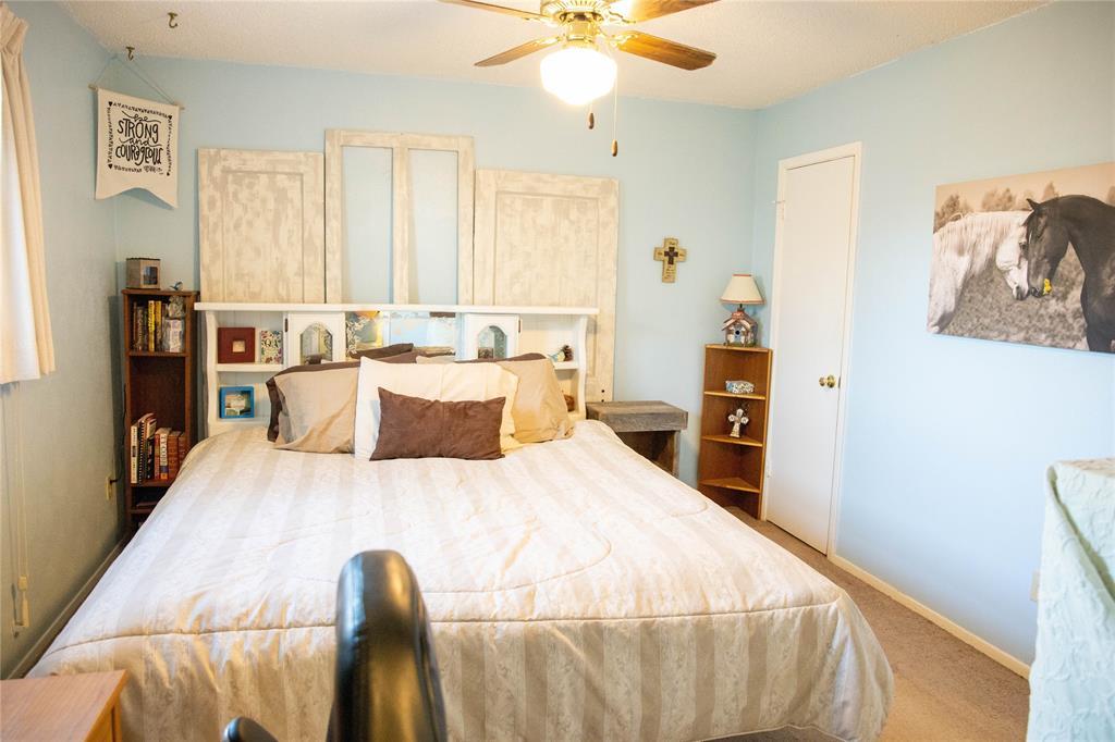 312 Boulder  Court, Burleson, Texas 76028 - acquisto real estate best luxury buyers agent in texas shana acquisto inheritance realtor