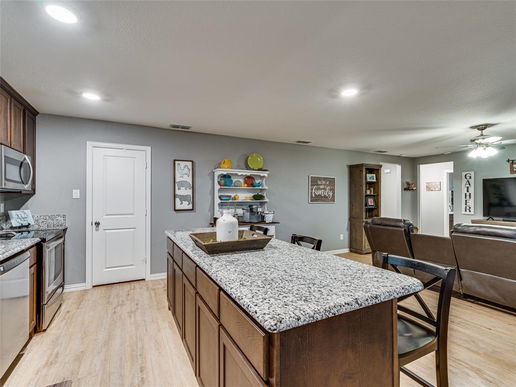 6401 County Road 313a  Alvarado, Texas 76009 - acquisto real estate best prosper realtor susan cancemi windfarms realtor