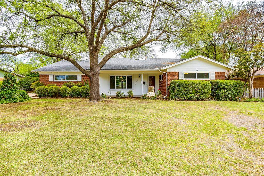 4001 Plantation  Drive, Benbrook, Texas 76116 - Acquisto Real Estate best plano realtor mike Shepherd home owners association expert