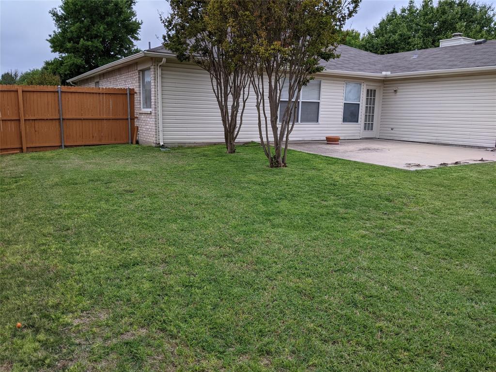 905 Meadowgate  Drive, Allen, Texas 75002 - acquisto real estate best allen realtor kim miller hunters creek expert