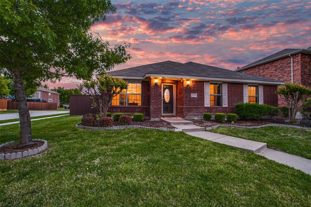 4701 Evanshire  Way, McKinney, Texas 75070 - Acquisto Real Estate best plano realtor mike Shepherd home owners association expert