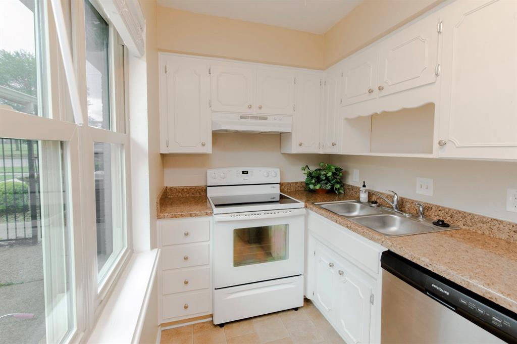4615 Spanish  Trace, Wichita Falls, Texas 76310 - acquisto real estate best listing listing agent in texas shana acquisto rich person realtor