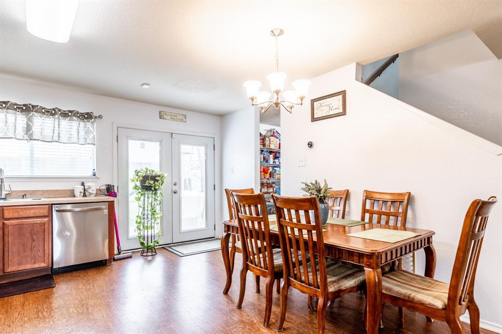 1824 Vineridge  Lane, Burleson, Texas 76028 - acquisto real estate best highland park realtor amy gasperini fast real estate service