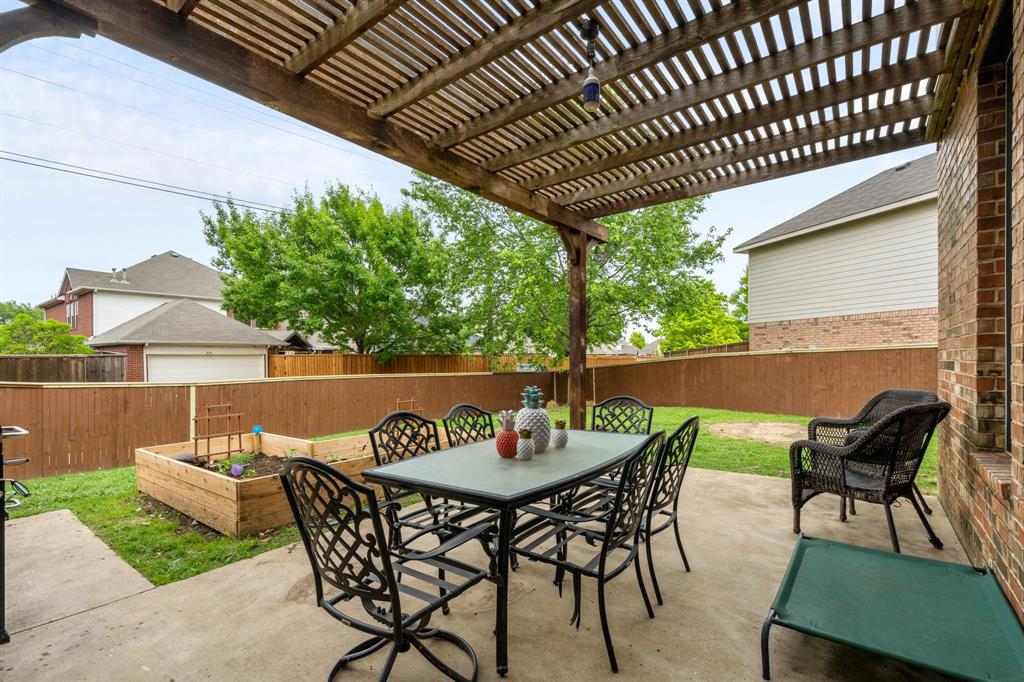 1726 Oak Brook  Lane, Allen, Texas 75002 - acquisto real estate best frisco real estate agent amy gasperini panther creek realtor