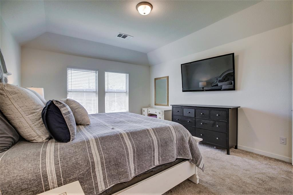 3920 Madison Lane, Denton, Texas 76208 - acquisto real estate best frisco real estate broker in texas for high net worth buyers