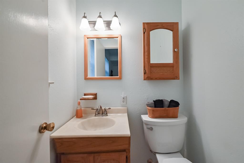 1206 Shelmar  Drive, Arlington, Texas 76014 - acquisto real estate best realtor dallas texas linda miller agent for cultural buyers