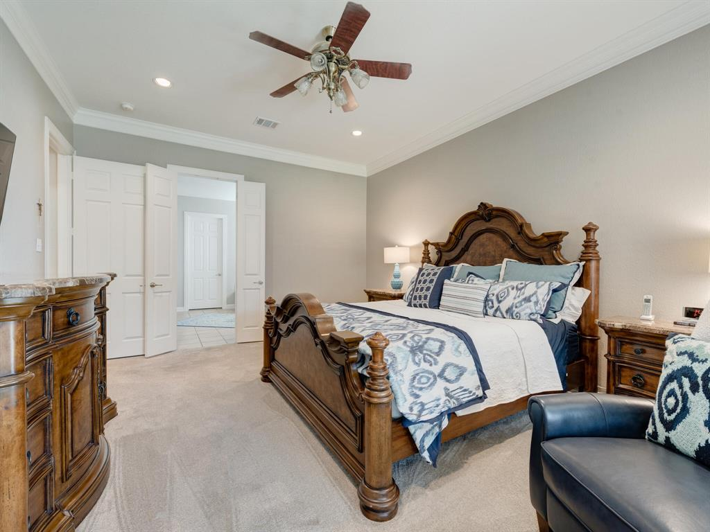 8309 Valley Oaks  Drive, North Richland Hills, Texas 76182 - acquisto real estate best realtor foreclosure real estate mike shepeherd walnut grove realtor