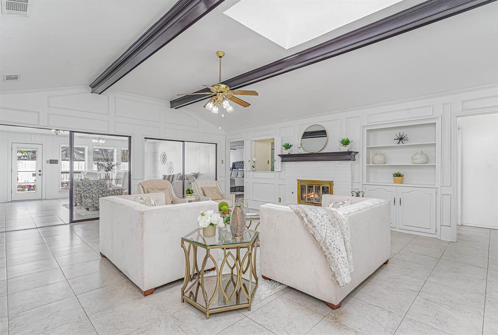 1300 Chesterton  Drive, Richardson, Texas 75080 - acquisto real estate best prosper realtor susan cancemi windfarms realtor