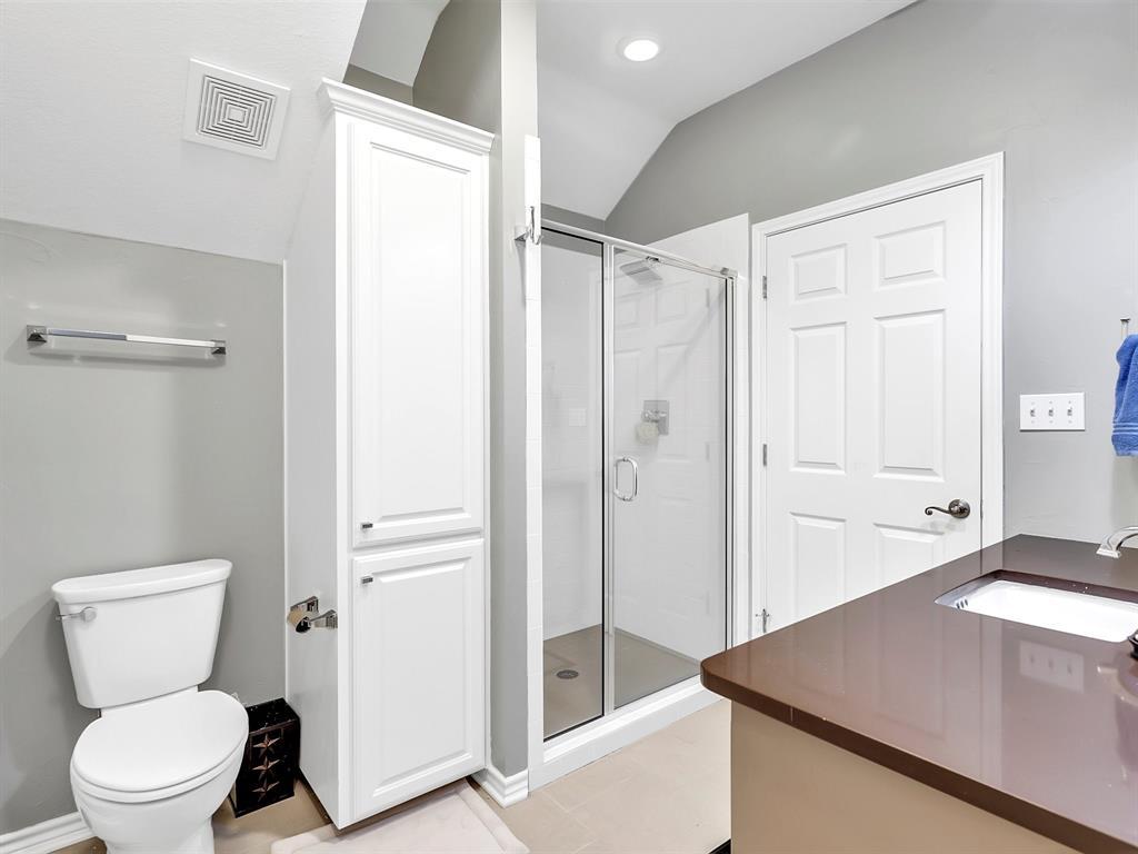 22 Whispering Oaks Drive, Denison, Texas 75020 - acquisto real estate best realtor dfw jody daley liberty high school realtor