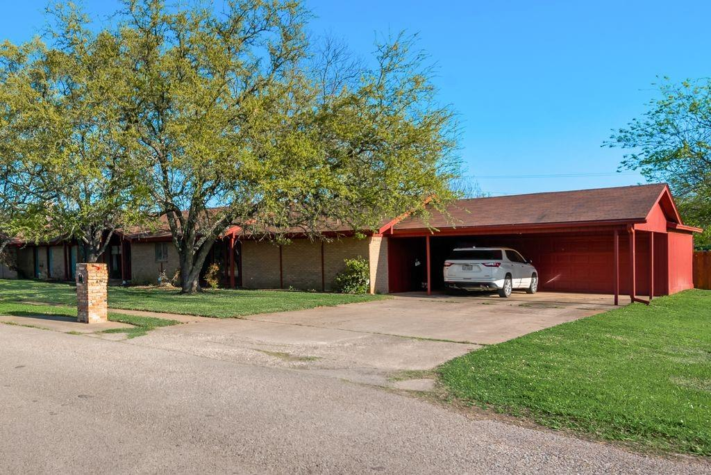 221 Laurel Lane, Fairfield, Texas 75840 - acquisto real estate best the colony realtor linda miller the bridges real estate