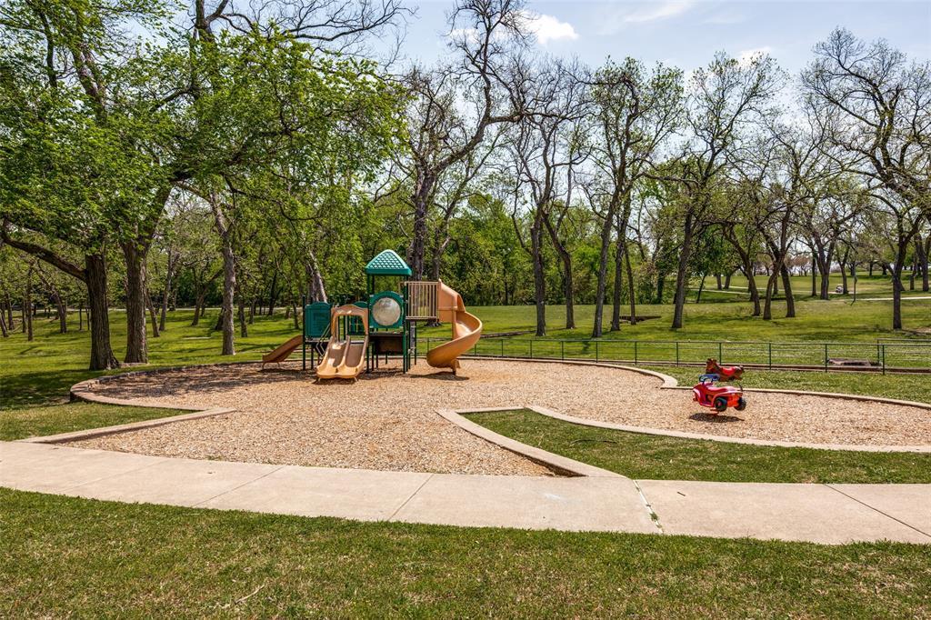 6405 Grand  Avenue, Dallas, Texas 75223 - acquisto real estate best frisco real estate agent amy gasperini panther creek realtor