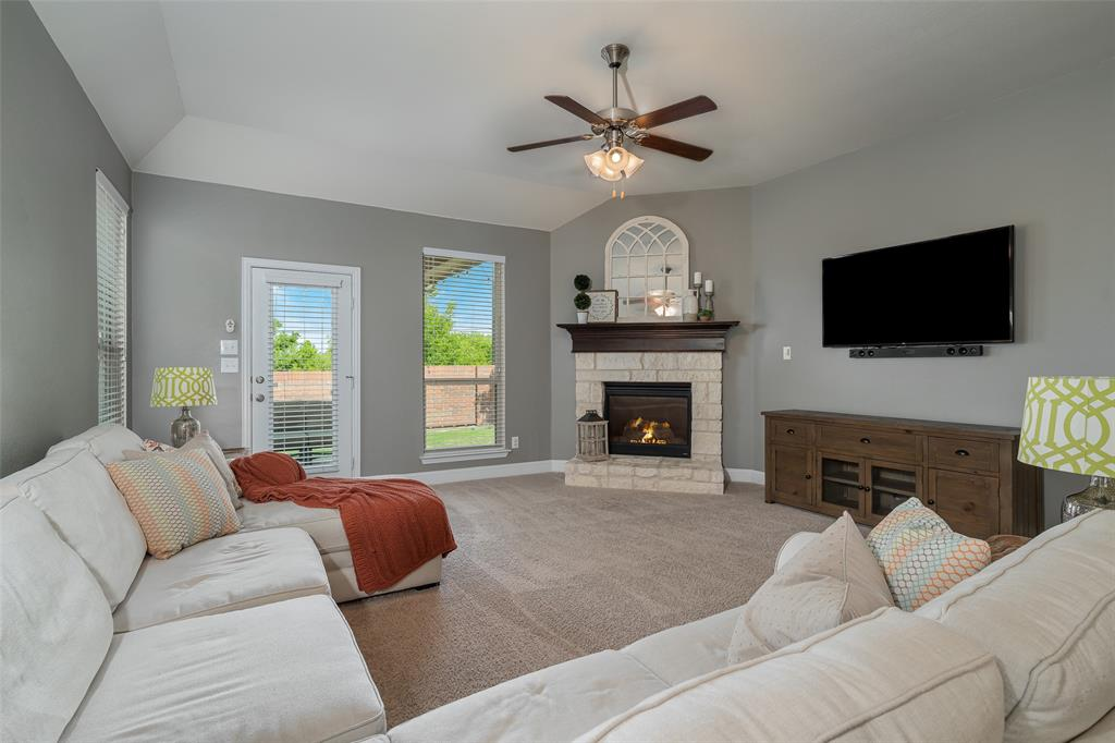 600 Sundrop  Drive, Little Elm, Texas 75068 - acquisto real estate best investor home specialist mike shepherd relocation expert