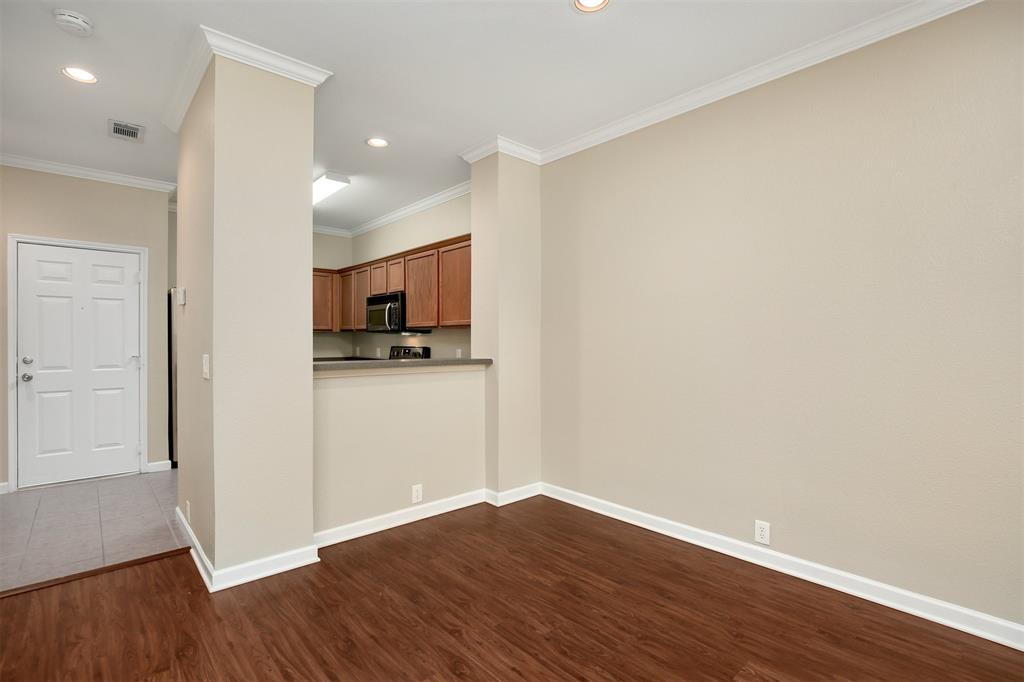 2214 Glacier Park  Lane, Grand Prairie, Texas 75050 - acquisto real estate best real estate company to work for