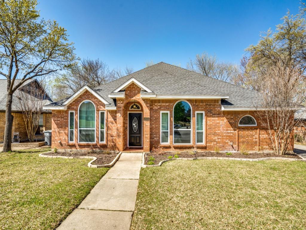 18635 Rembrandt Terrace, Dallas, Texas 75287 - Acquisto Real Estate best plano realtor mike Shepherd home owners association expert