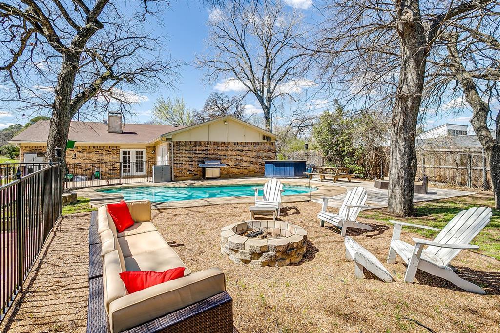 1503 Fielder  Road, Arlington, Texas 76012 -