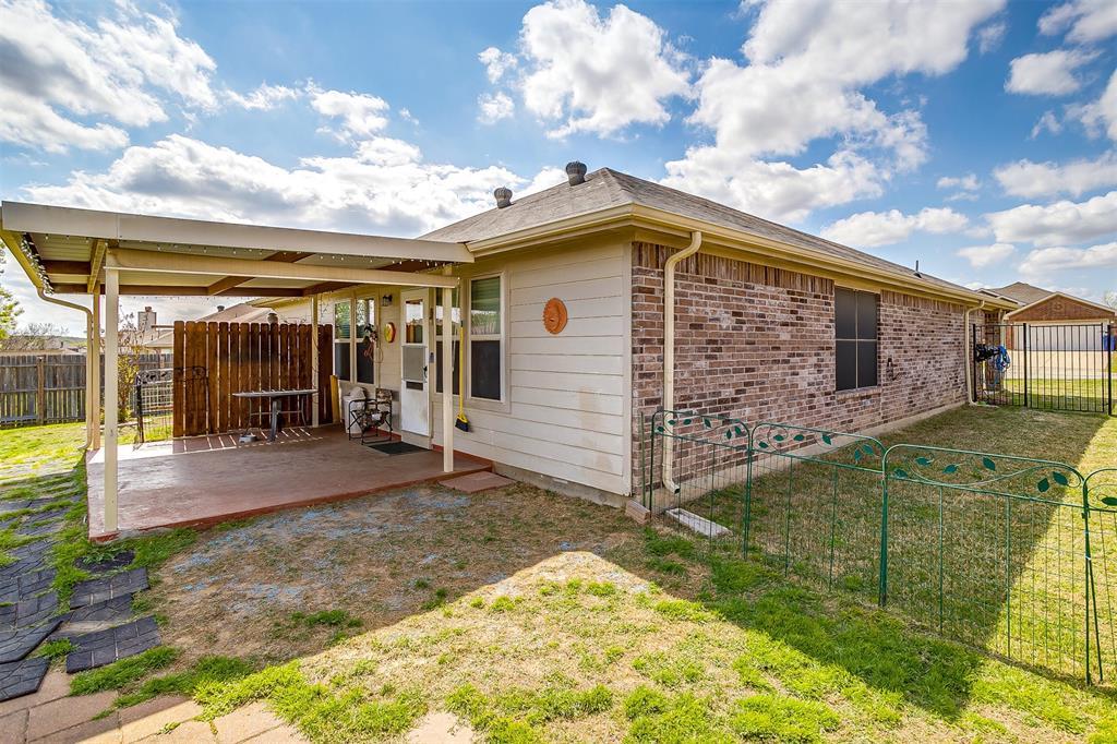 2529 Castle Pines Drive, Burleson, Texas 76028 - acquisto real estate best looking realtor in america shana acquisto