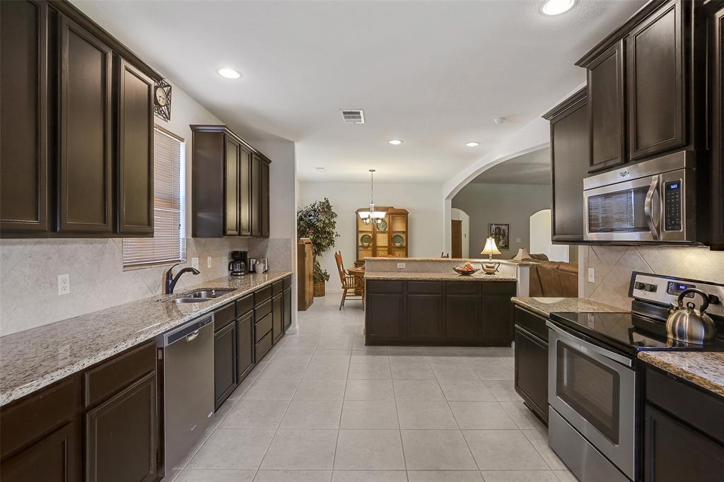 2413 Spring Meadows  Drive, Denton, Texas 76209 - acquisto real estate best allen realtor kim miller hunters creek expert
