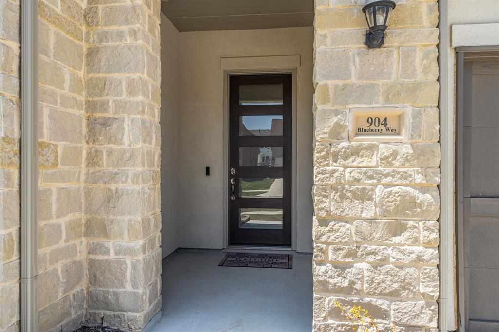 904 Blueberry  Way, Northlake, Texas 76247 - acquisto real estate best allen realtor kim miller hunters creek expert