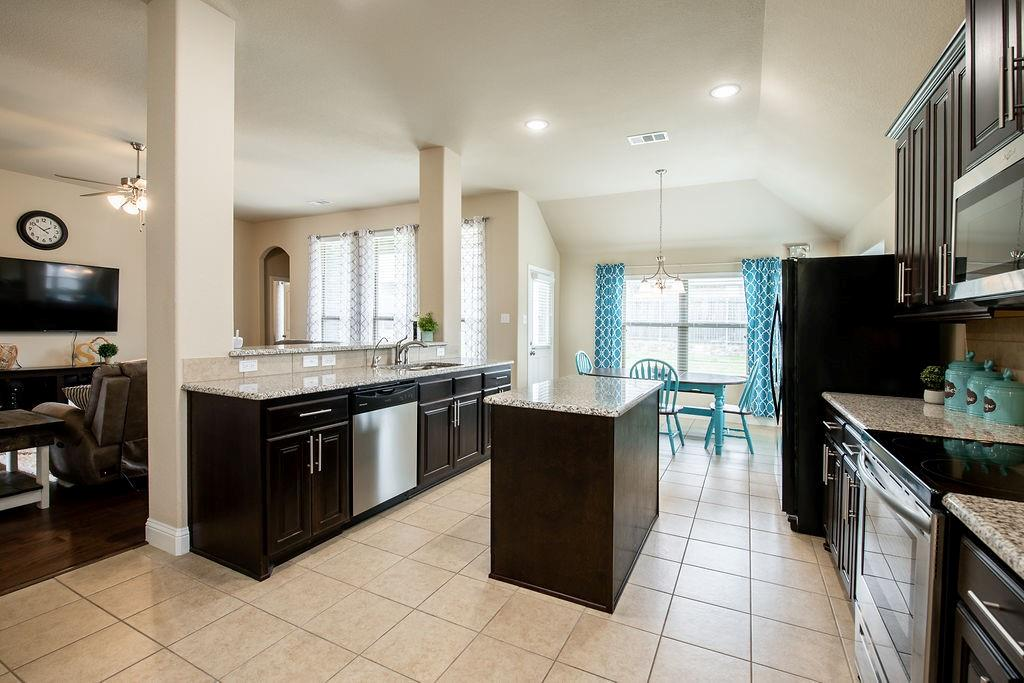 124 Haymeadow  Drive, Crandall, Texas 75114 - acquisto real estate best real estate company in frisco texas real estate showings