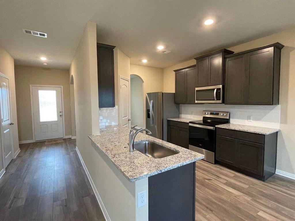 231 Enchanted Way, Princeton, Texas 75407 - acquisto real estate best prosper realtor susan cancemi windfarms realtor