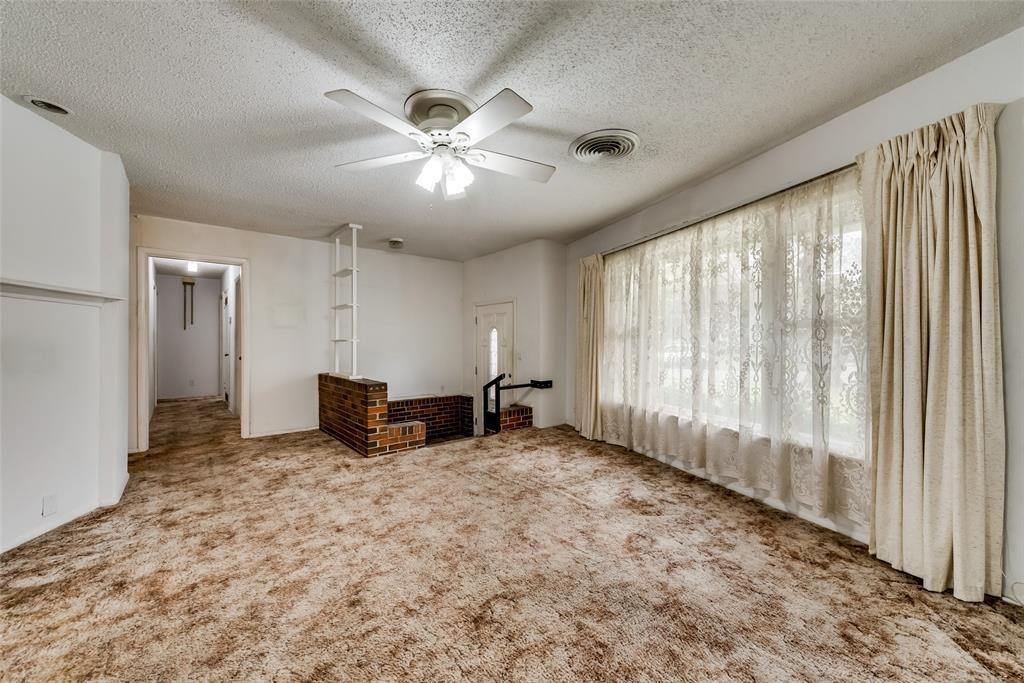 424 Hurstview Drive, Hurst, Texas 76053 - acquisto real estate best celina realtor logan lawrence best dressed realtor