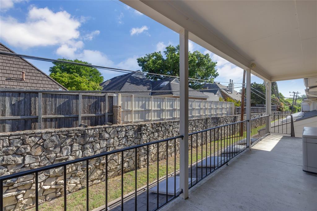 5925 Copperwood  Lane, Dallas, Texas 75248 - acquisto real estate best realtor dallas texas linda miller agent for cultural buyers