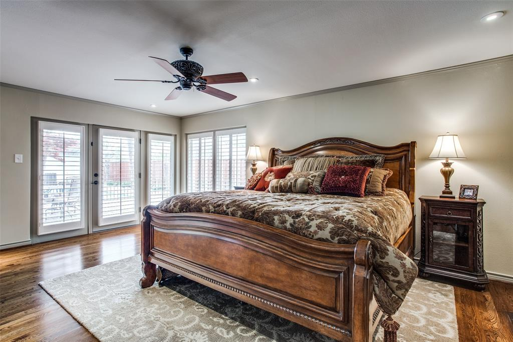11256 Russwood Circle, Dallas, Texas 75229 - acquisto real estate best investor home specialist mike shepherd relocation expert