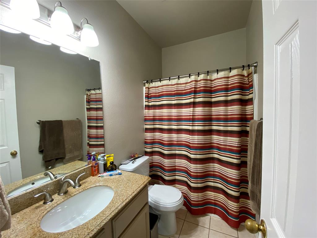 317 Texas  Drive, Lake Dallas, Texas 75065 - acquisto real estate best real estate company to work for