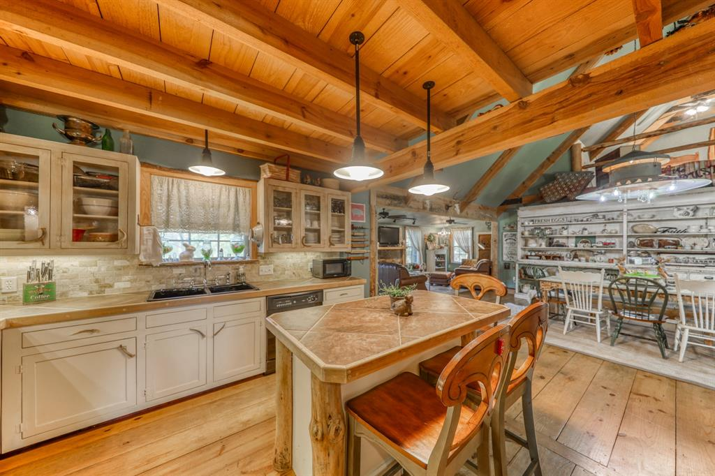890 Tanglewood Drive, Brock, Texas 76087 - acquisto real estate best highland park realtor amy gasperini fast real estate service