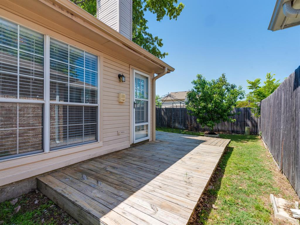 912 Azalia  Drive, Lewisville, Texas 75067 - acquisto real estate best negotiating realtor linda miller declutter realtor