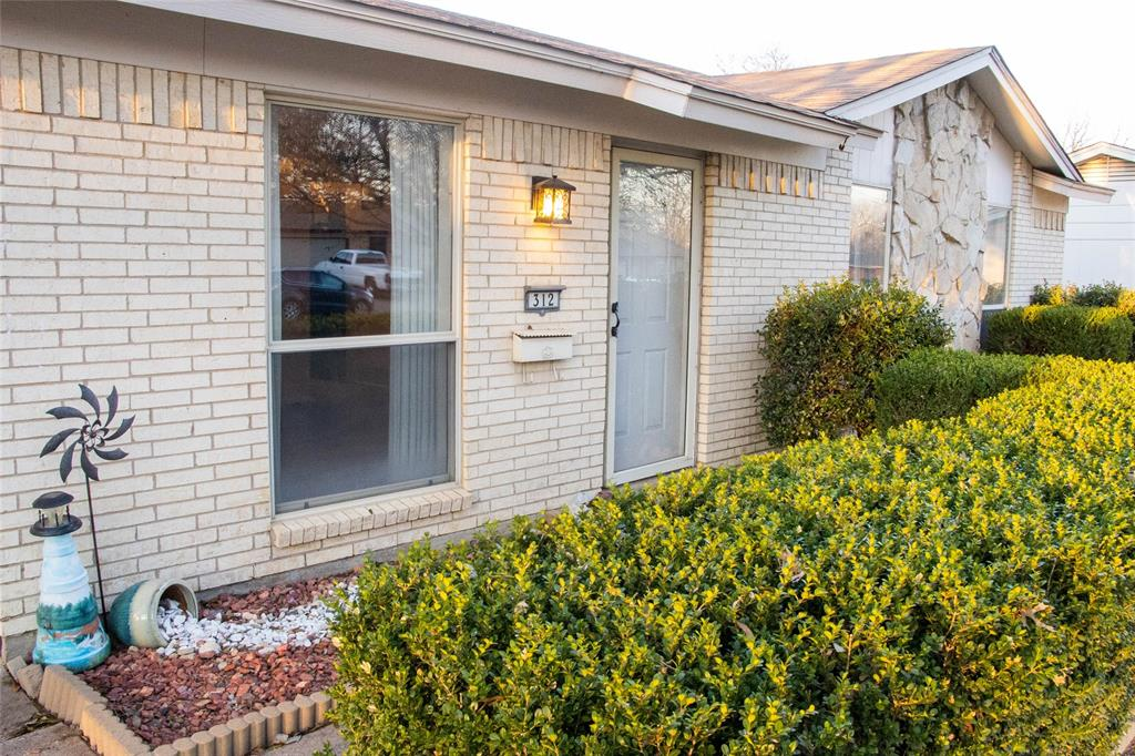 312 Boulder  Court, Burleson, Texas 76028 - acquisto real estate best allen realtor kim miller hunters creek expert