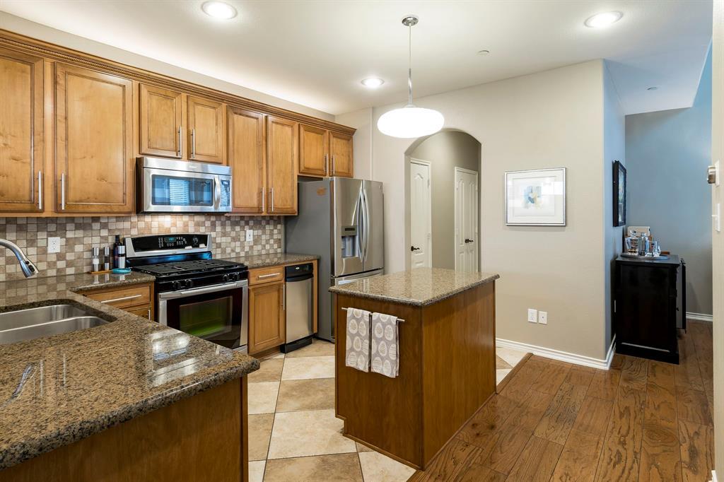 6763 Massa  Lane, Frisco, Texas 75034 - acquisto real estate best real estate company in frisco texas real estate showings