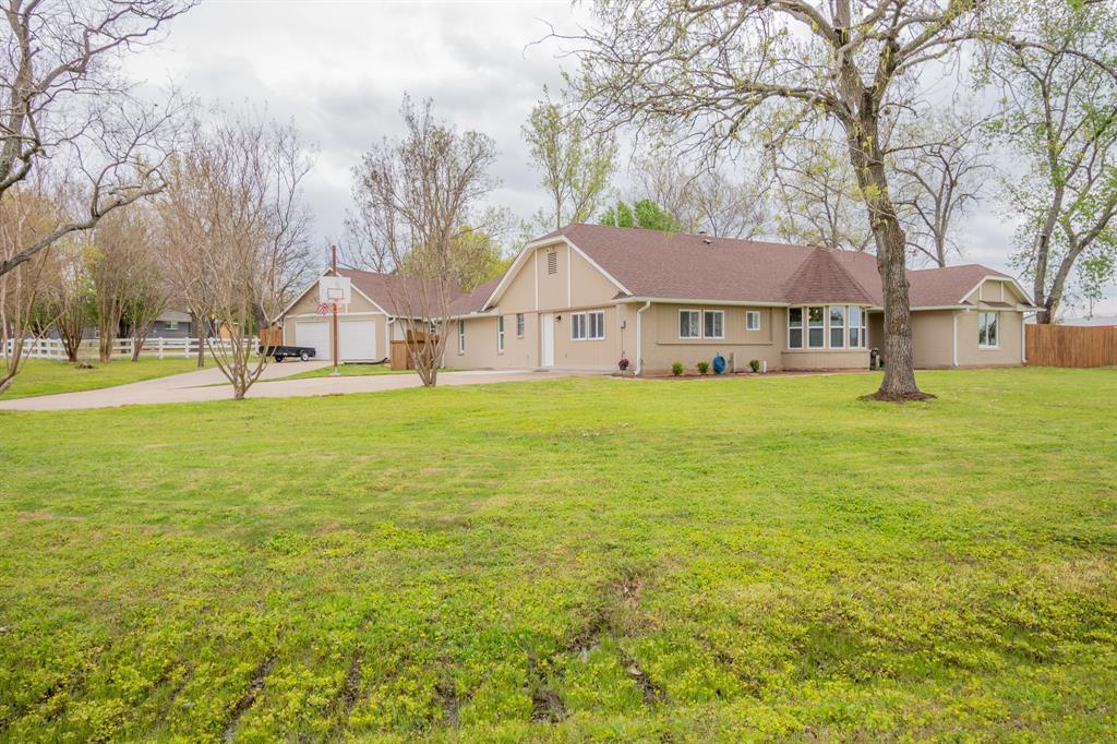104 Oak Lane, Burleson, Texas 76028 - acquisto real estate best allen realtor kim miller hunters creek expert