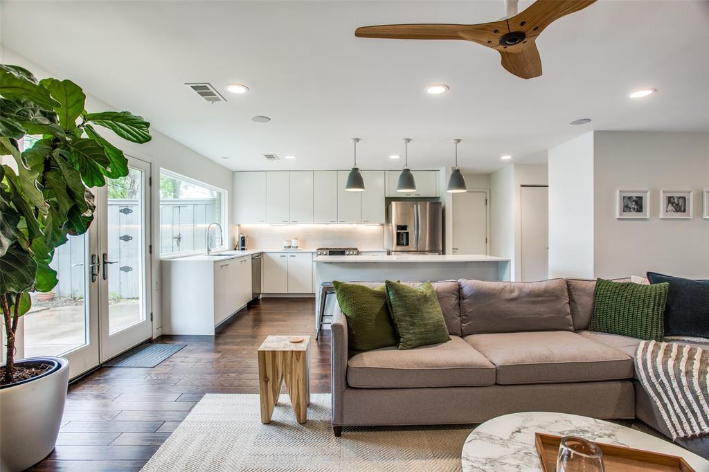 6626 Leameadow  Drive, Dallas, Texas 75248 - acquisto real estate best highland park realtor amy gasperini fast real estate service
