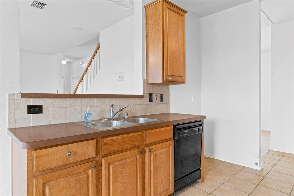 1413 Abbeville  Drive, Wylie, Texas 75098 - acquisto real estate best listing listing agent in texas shana acquisto rich person realtor
