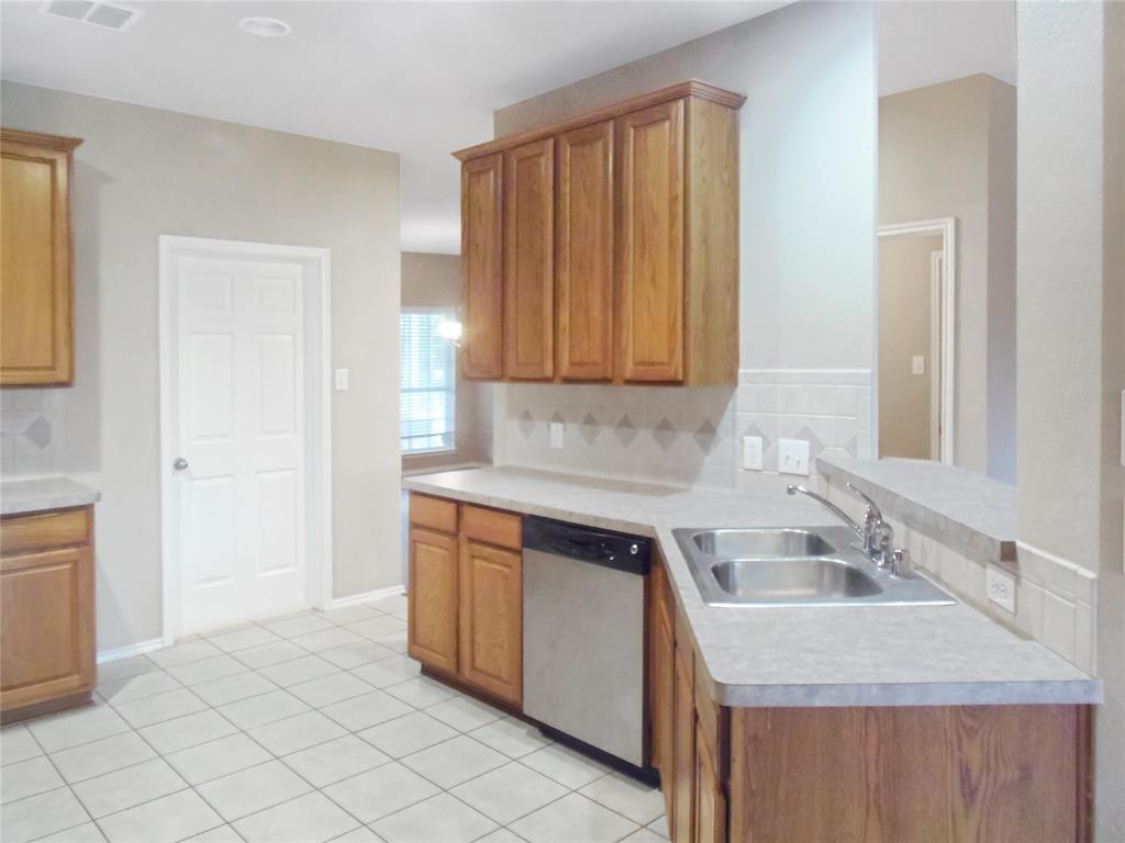 7463 Tormes  Grand Prairie, Texas 75054 - acquisto real estate best flower mound realtor jody daley lake highalands agent of the year