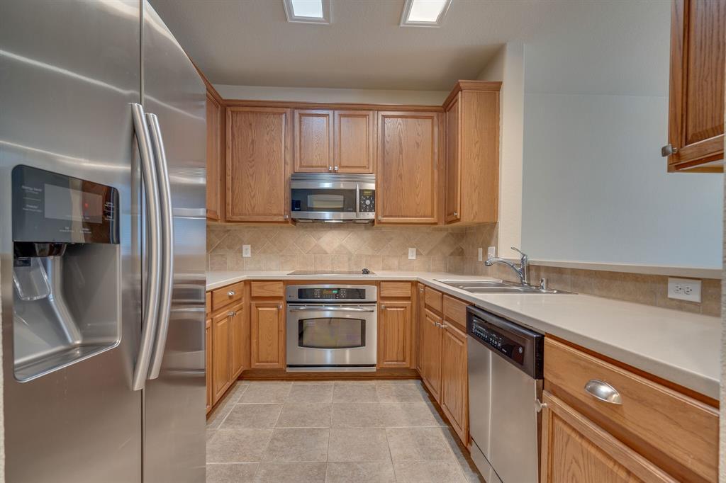 278 Legends Drive, Lewisville, Texas 75057 - acquisto real estate best luxury buyers agent in texas shana acquisto inheritance realtor