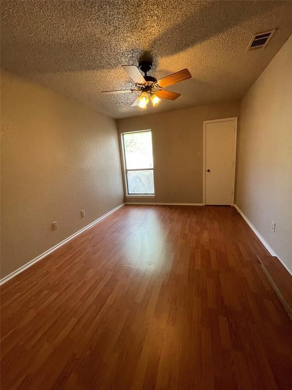 1152 Hemlock Drive, DeSoto, Texas 75115 - acquisto real estate best realtor dallas texas linda miller agent for cultural buyers