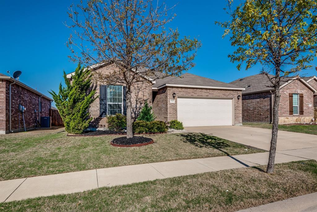 7709 Berrenda Drive, Fort Worth, Texas 76131 - Acquisto Real Estate best plano realtor mike Shepherd home owners association expert