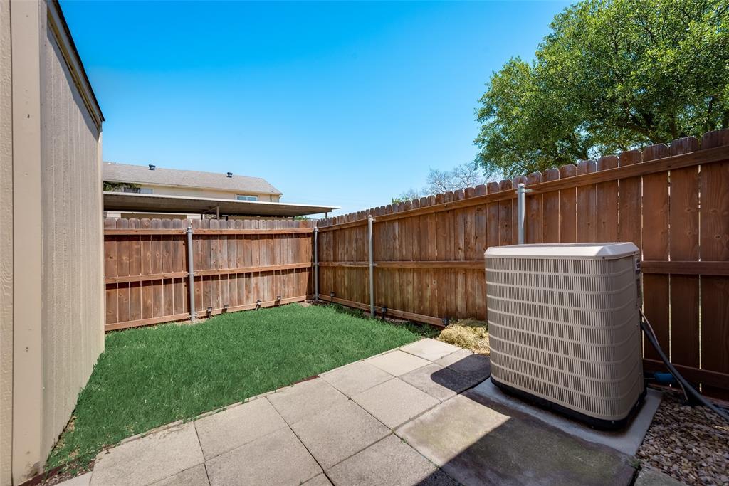 27 Mountain Creek  Court, Grand Prairie, Texas 75052 - acquisto real estate best new home sales realtor linda miller executor real estate