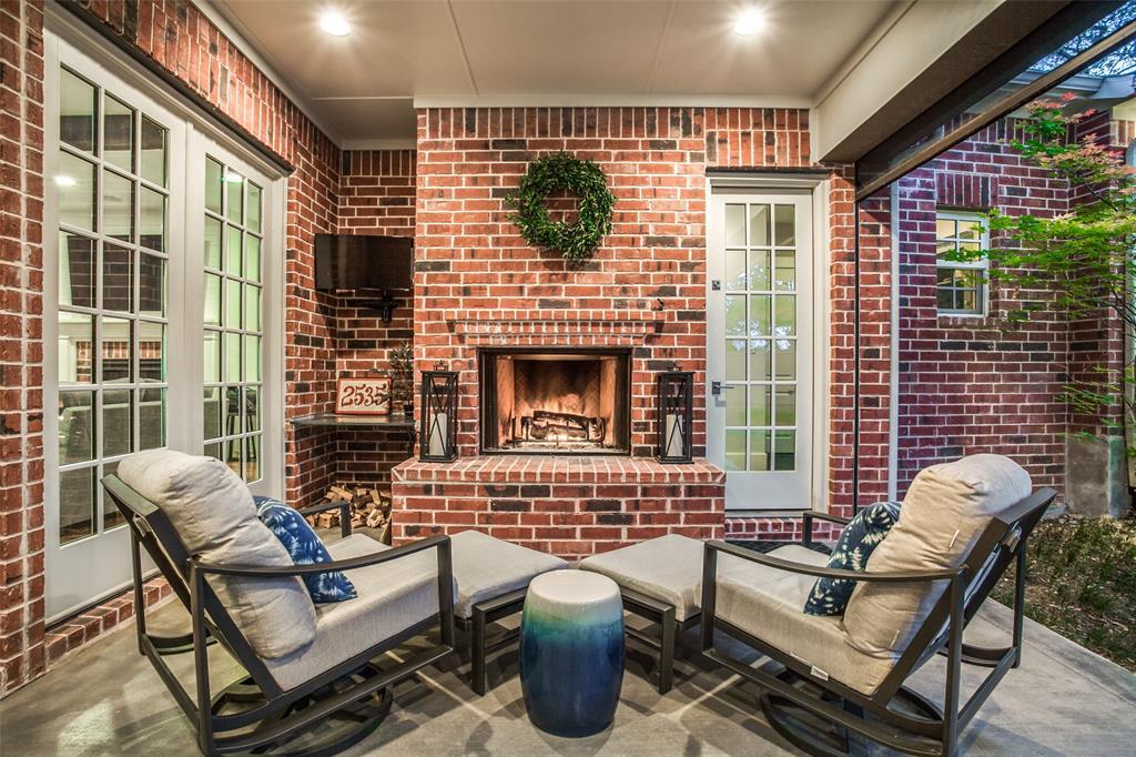 2535 Cambria  Boulevard, Dallas, Texas 75214 - acquisto real estate best looking realtor in america shana acquisto
