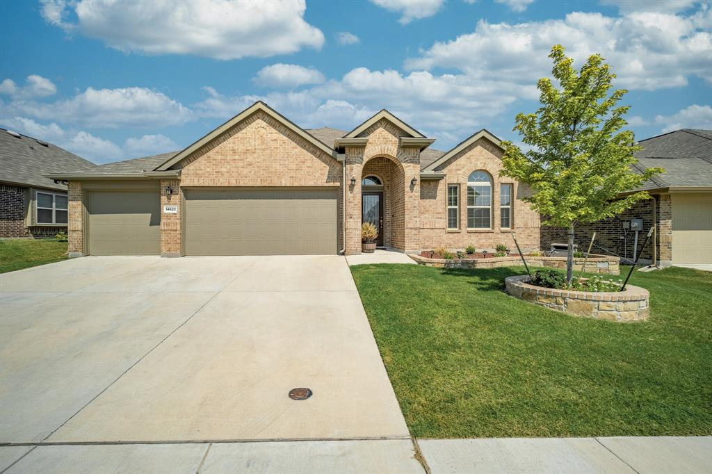 14620 Viking Lane, Fort Worth, Texas 76052 - Acquisto Real Estate best plano realtor mike Shepherd home owners association expert