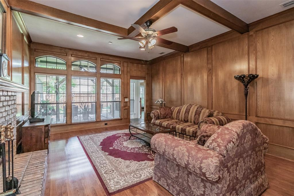 1203 Cloudy Sky  Lane, Lewisville, Texas 75067 - acquisto real estate best designer and realtor hannah ewing kind realtor