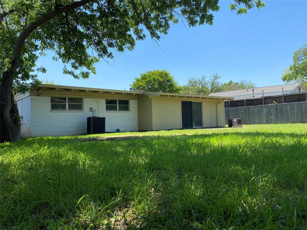 13555 Brookgreen  Drive, Dallas, Texas 75240 - acquisto real estate best listing agent in the nation shana acquisto estate realtor