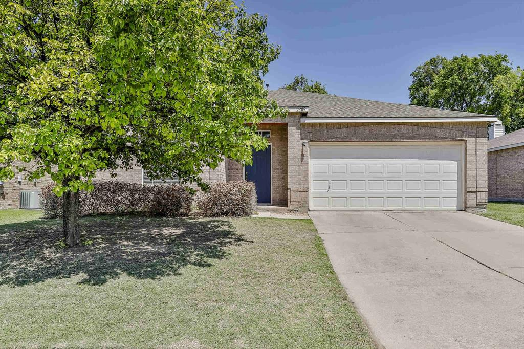 2309 Hickory Court, Little Elm, Texas 75068 - Acquisto Real Estate best frisco realtor Amy Gasperini 1031 exchange expert